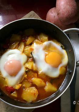 Patatas a la Riojana con Huevo Cuajado