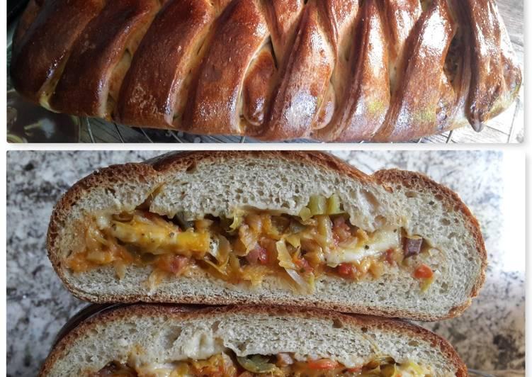 Trenza de espelta y trigo sarraceno rellena en for Horno convencional pequeno
