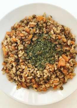 Arroz integral con lentejas y zanahoria caramelizada