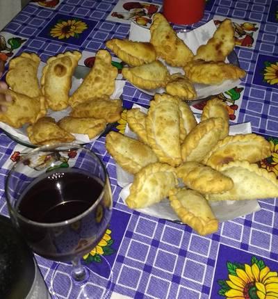 Empanadas criollas fritas. Viva la patria!!!