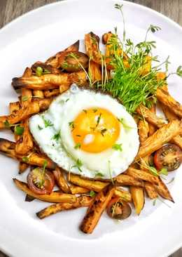 Huevo con boniato al horno y germinados