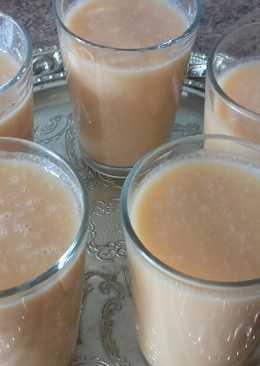 Batido de zanahoria y plátano /comida de Marruecos