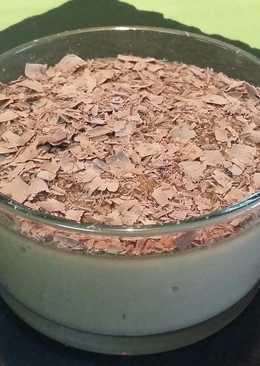 Crema de galletas con lascas de chocolate
