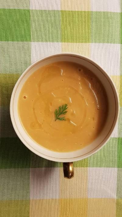 Crema de moniatos / boniatos con patata y cebolla
