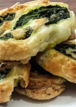 Aperitivo de queso parmigiano y espinacas