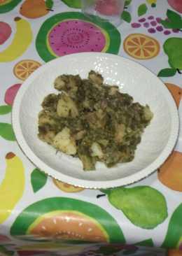 Col kale con ajos, patata y jamón