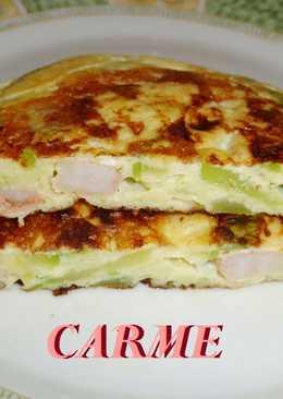Tortilla de calabacín y gambitas
