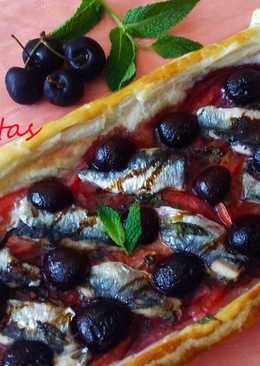 Hojaldre de sardinas, cerezas y hierbabuena