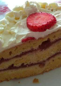 Tarta de fresa y nata sin azúcar