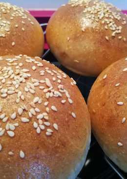 Pan de hamburguesa con masa madre