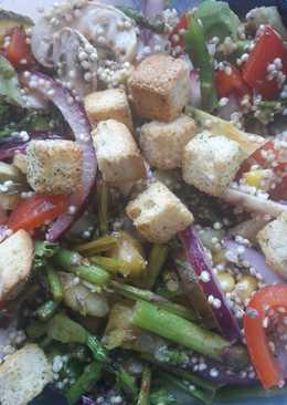 Ensalada de quinoa con vinagreta de limón