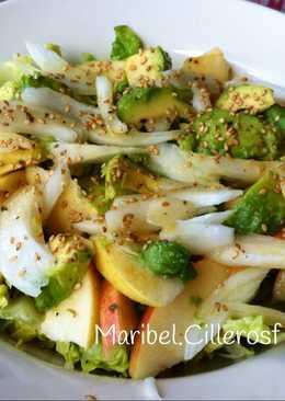 Ensalada vegetal y frutal