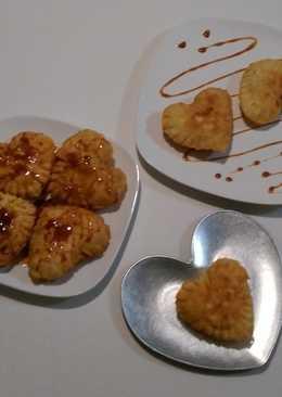 Empanadillas de manzana con cebolla caramelizada
