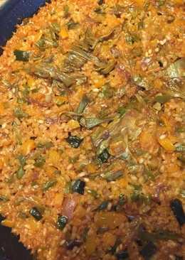 Paella de alcachofas con berenjena