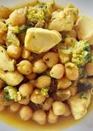 Garbanzos al curry con pollo