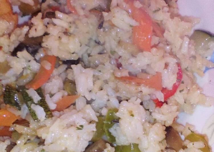 Salteado de verduras con arroz a la cerveza receta de - Salteado de arroz ...