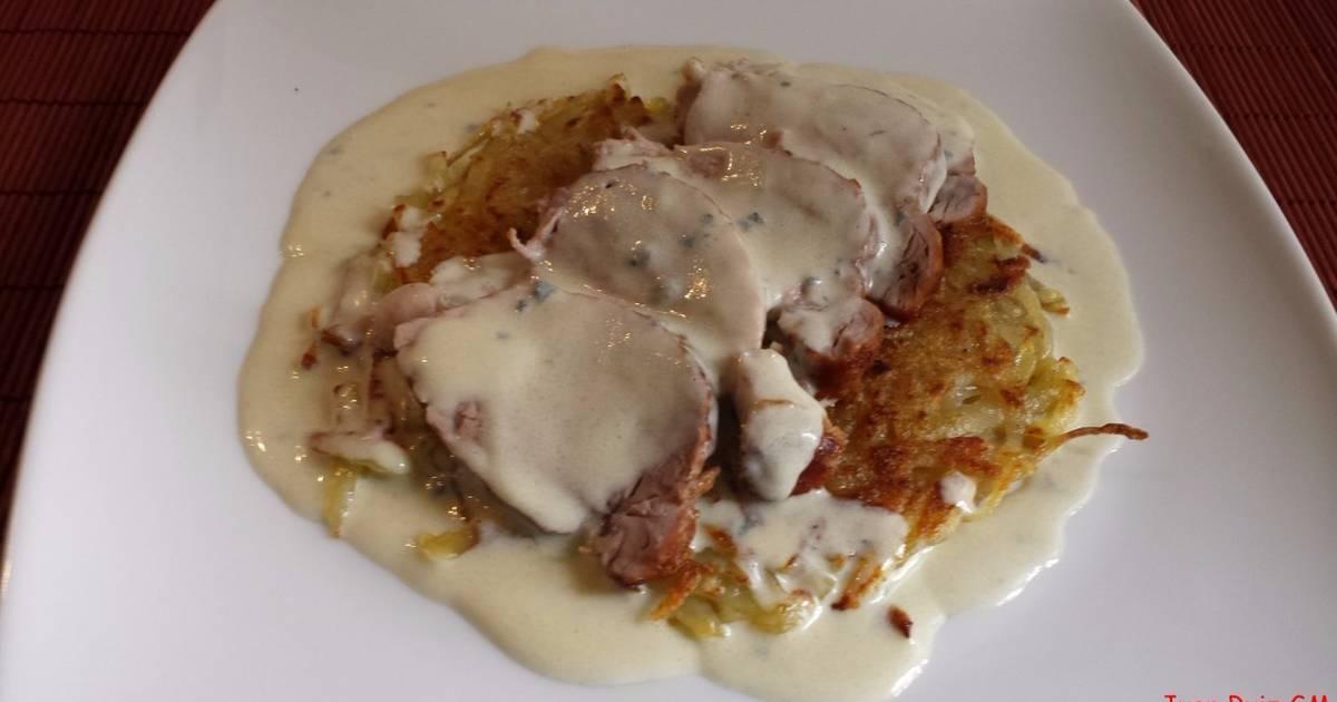 Solomillo De Cerdo Con Salsa Roquefort Y Patatas Rosti