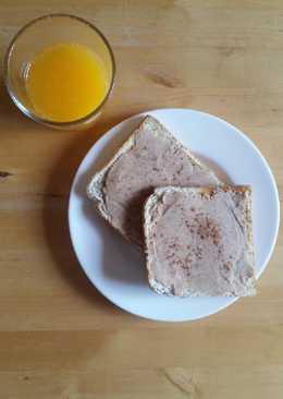 Merienda o desayuno saludable rápido de tostadas con crema de cacahuetes 🥜