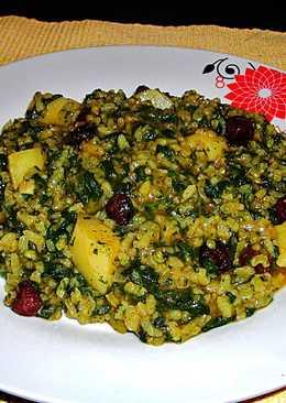 Ortigas con arroz y arándanos deshidratados