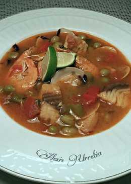 Sopa de pescado y mariscos congelados