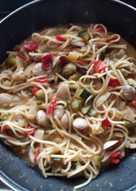 Espaguetis con almejas y verduras