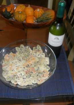 Ensalada de pasta con salmón y mujol