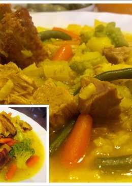 Sopa de Arroz con verduras, costillas y lomo de Orza