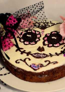 """Tarta """"Catrina, reina de los muertos"""" de chocolate con crema de Oreos"""