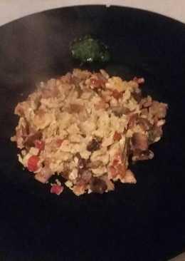 Revoltillo de champiñones y pimiento al toque de jengibre