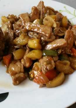 Lomo con verduras con salsa de ostras y quinoa