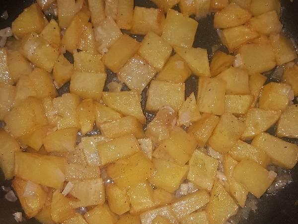 Patatas al ajíllo