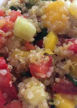 Taboule de quinoa con mango y hierbabuena