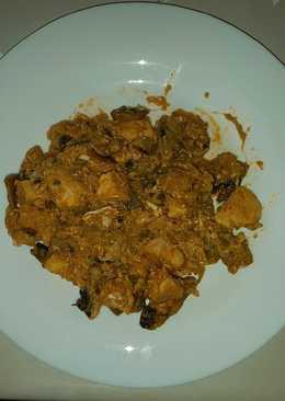 Revuelto de pollo con champiñones y calabacín