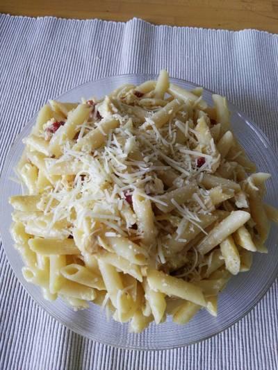 Macarrones con queso y pimienta