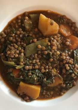 Lentejas estofadas con verduras y chorizo