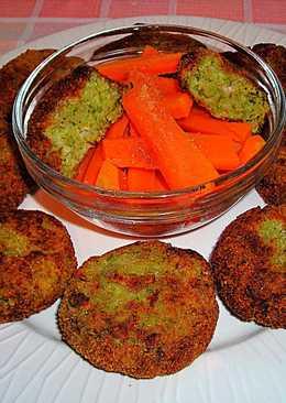 Tapas - Discos de brócoli con bastoncillos de zanahorias