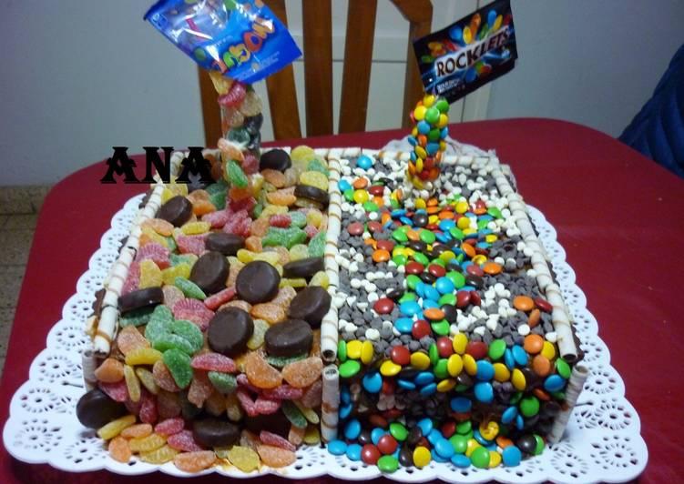 Torta ricas golosinas cumplea os receta de gringa cookpad for Como decorar una torta facil y economica