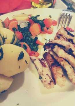Verduras al vapor, solomillo de cerdo y quinoa