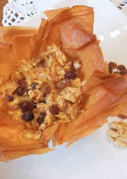 Pasteles de pasta filo manzana pasas y nueces