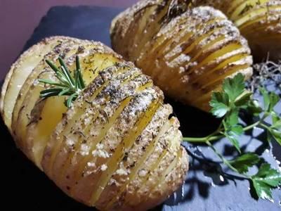 Patatas Hasselback suecas