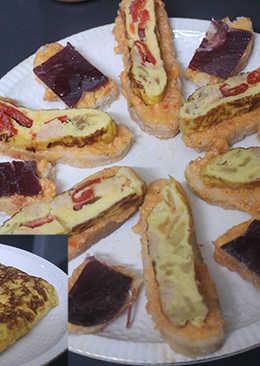 Pan con tortilla cuadrada y cecina