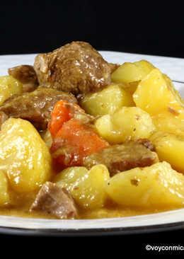 Jarrete (morcillo) estofado con patatas