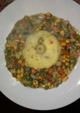 Arroz con azafrán y mix de vegetales