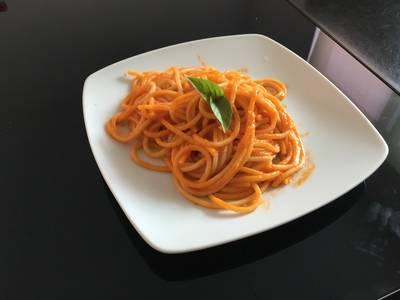 Spaguetti rojo