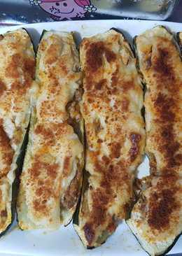 Calabacines rellenos de Carne picada, gratinados!!🥒🍴