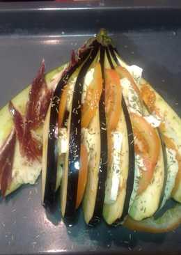 Berenjena mozzarela y tomate