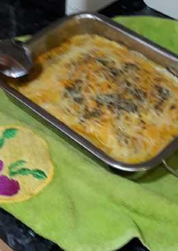 Lasaña de pasta de croquetas de tortilla de calsots y jamón