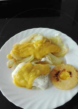 Lomo de bacalao con crema de mango y piña