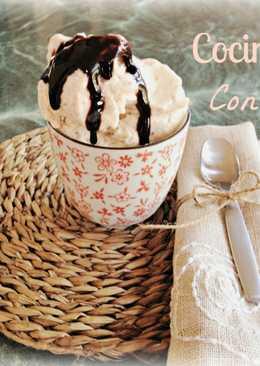Helado artesanal de yogur y plátano