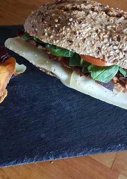 Bocata PRO pollo y bacon